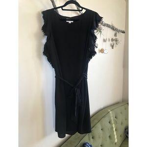 Elle butterfly sleeve black dress 👗